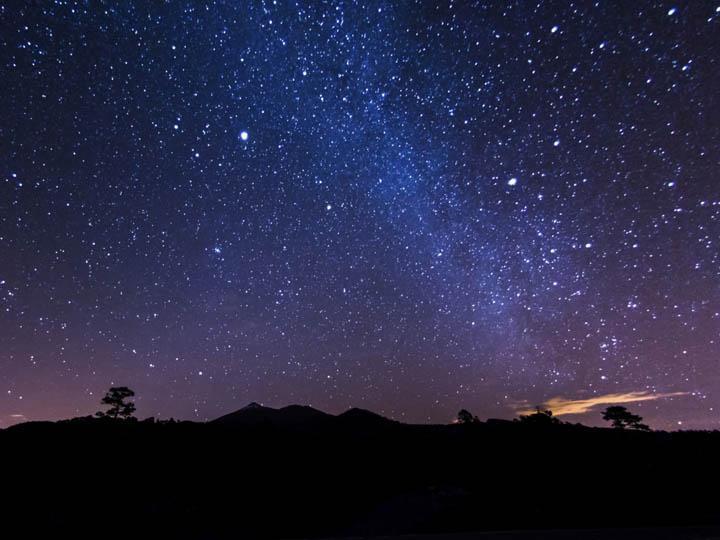spain_tenerife_night_sky_stars_canary_islands_thinkstockphotos-522150173